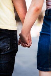 Aşk bağlama büyüsü